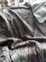 Gyönyörű  nagyméretű sál stóla új Renard 180x75 méret 65%Gyapjú 35% selyem unisex sötétebb színű