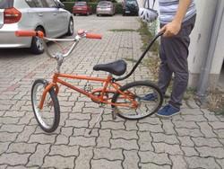 Egyensúlyozást segítő rúd + ajándék gyerekkerékpár