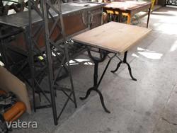 Retro Loft Kávézó asztal öntöttvas láb ipari fenyő deszka lap 70x50cm lekezelve vintage