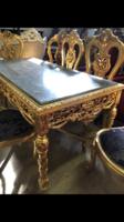 Faragott aranyozott ebédlőasztal székekkel 6 személyes