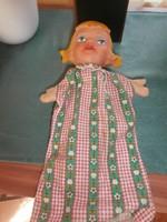 Gumi fejű báb figura 2