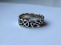 Avar motívummal díszített ezüst gyűrű (925)