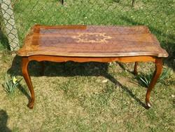 Szép intarziás neobarokk asztal