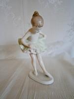 Nagyon szép Hollóházi porcelán táncoló balerina kislány zöld szoknyában