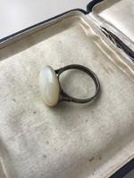 Régi ezüst gyűrű kagyló gyöngyházzal