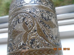Bidriware indiai ötvösmunka,niellós,ezüst és réz berakásos  dísz váza-8,5x7,5 cm