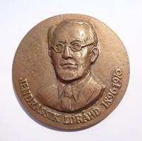 Jendrassik Lóránd 1896-1970 jelzett bronz plakett