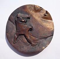 A szocialista televízióért 1986-os bronz plakett V T jelzéssel