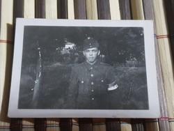 Katonai, Világháborús Rendőr? Rendész? 5.5x4 cm