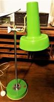 Különleges nagyméretű Szarvasi asztali lámpa. retró loft design. Működik!