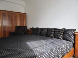 Chippendale hálószoba bútor, (franciaágy, 4 ajtós szekrény, 2 éjjeli szekrény)