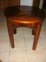 Art Deco kis asztal