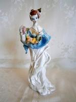 Gyönyörű jelzett stólás hölgy valószínű, hogy Dorohoi porcelán 29 cm magas
