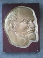 Hatalmas Lenin aluminiumöntvény kép