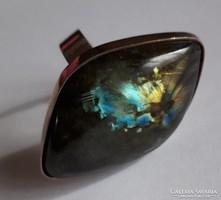 Ezüst gyűrű, óriási labradorit kővel