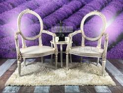 Provence bútor, antikolt fehér karos szék, fotel.