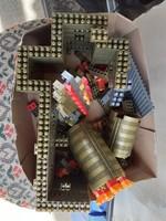 Egy doboz Polly (lego)