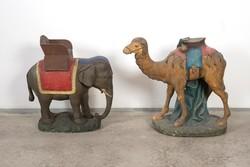 Festett gipsz szobrok elefánt és teve