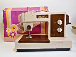 Juanita Pico játék varrógép