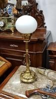 Restaurált antik asztali lámpa