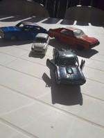 4 db Régi autó