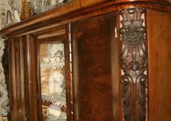 Antik art-deco háromajtós szekrény