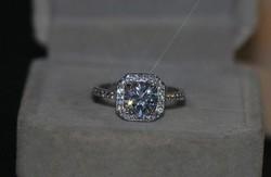 Ezüst gyűrű FEHÉR   cirkón kővel AKCIÓ !!