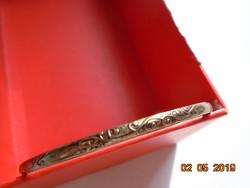 Dombor növény mintás aranyozott fém karperec