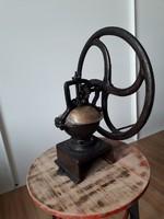 Régi ipari öntöttvas kávédaráló,loft,vintage,dekor