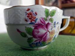 Eladó 1db. antik Herendi porcelán , rózsa mintás teás csésze , nem hozzá való aljjal.