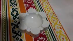 Fehér herendi ékszertartó / hamútál