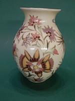 Különleges mintával Zsolnay váza