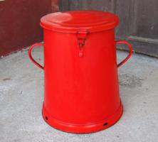 Régi piros zománcos 30 l-es hatalmas zsíros bödön