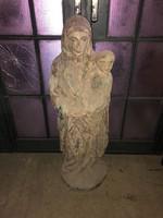 Régi Mária faszobor