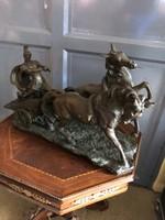 Antik lovas bronz szoborcsoport