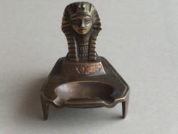 Antik, patinás  bronz Kleopátra fejes hamutartó, hamutál