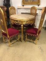 Arany díszasztal székekkel