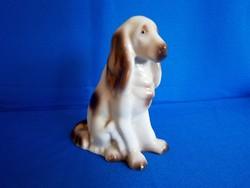Régi pecsétes Hollóházi porcelán spániel kutya 14 cm magas A03