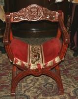 Antik különleges 2 darab sponyol lovagi szék
