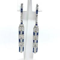 526. Art Deco Stílusú Fülbevaló Gyémántokkal és Kék Zafírral
