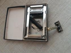 Régi Bakony penge élező dobozában jelzett Usa amerikai  borotvával egyben