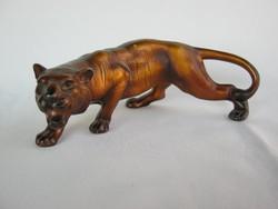 Tigris fém szobor