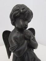Szep ontesu bronz szobor