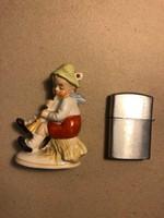 Furulyás kislány porcelán figura