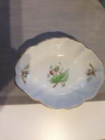 Herendi csipkebogyó mintás porcelán tálka