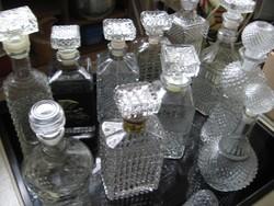 Whisky-s retro palackok, karaffák, kínálók