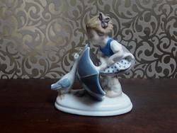 Carl Schneider figura - kislány libával  /  1300
