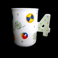 Szerencsehozó négylevelű lóherés csésze