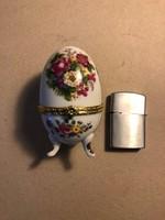 Régi porcelán tojás virág mintával
