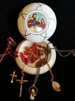 Vallásos bonbonier vallási ékszerek
